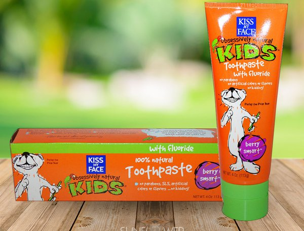 kiss-my-face-berry-smart-gel-fluoride-free-toothpaste-for-kids