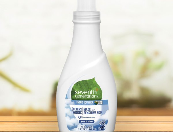 seventh-generation-natural-liquid-fabric-softener-free-clear-946ml